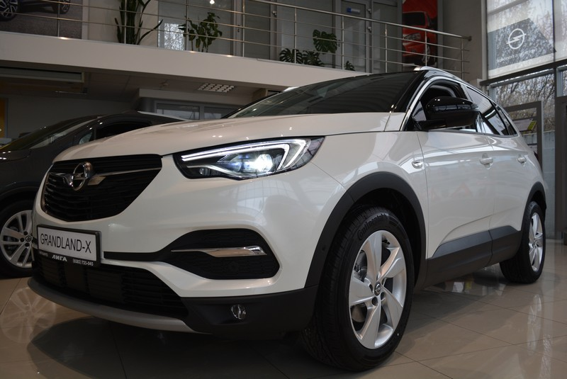 Opel Grandland X Innovation 1.5d 8AT