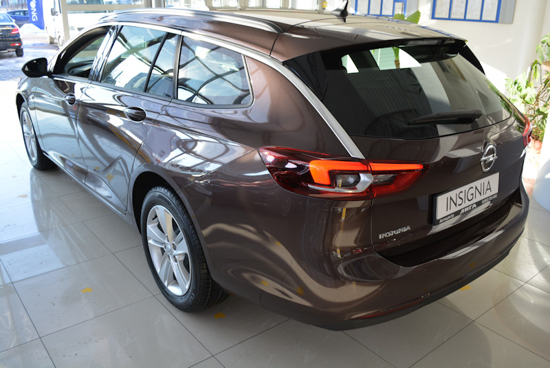 Opel Insignia Edition Sports Tourer 2.0D 8АT