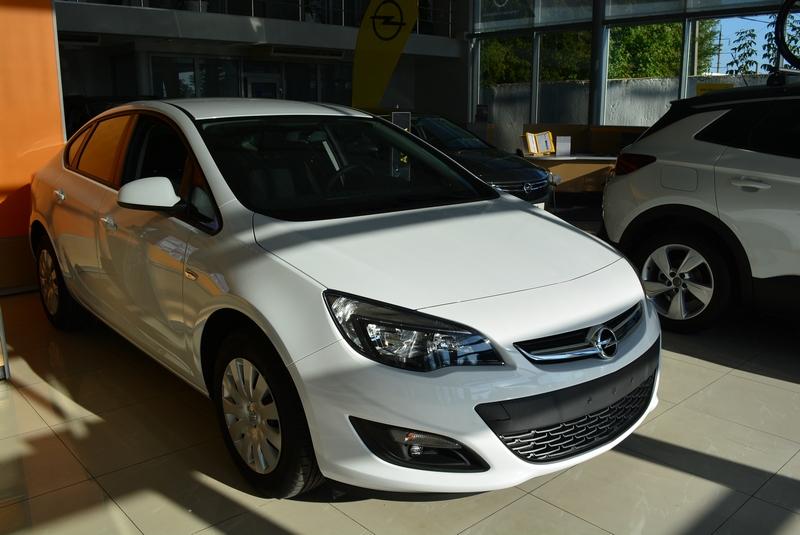 Opel Astra-J Enjoy 1.4XFT 6МT