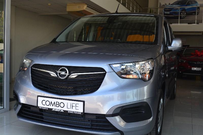 Opel Combo Life ENJOY 1.6D 5MT(L2)